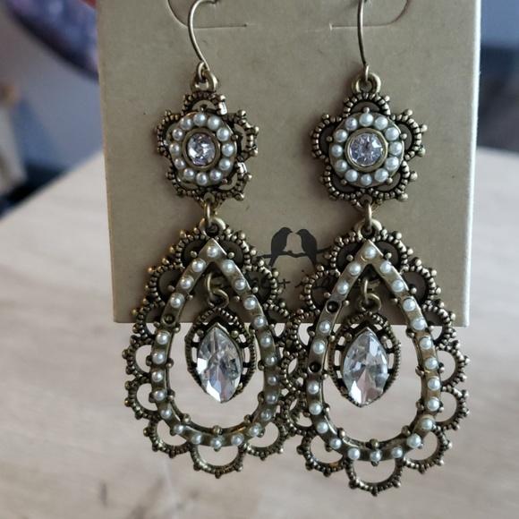 Chloe + Isabel Jewelry - Chloe & Isabel Drop Earrings